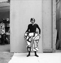Le soldat en cours d'habillage, 1973© Archives Fondation Dubuffet, Paris / photographe : S. Fouillot