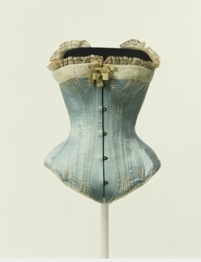 Corset en satin de soie, France, c. 1880 ©The Kyoto Costume Institute, photo by Takashi Hatakeyama