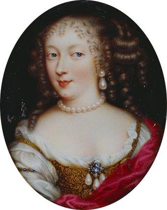477px-Henriette d'Angleterre par Jean Petitot, c. 1660, miniature en émail