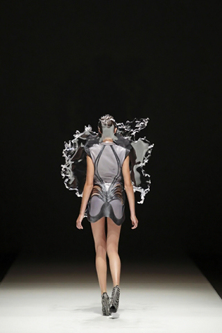 Iris Van Herpen Printemps/Eté 2011