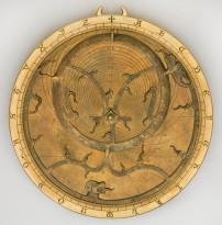 Astrolabe Angleterre, XIVe siècle Laiton D.14, 6 cm Florence, Museo Galileo, Instituto e Museo di Storia della Scienza. © Museo Galileo, Firenze - Foto di Sabina Bernacchini