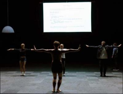 Courtesy Théâtre de la Bastille, © photo Vincent Pontet.