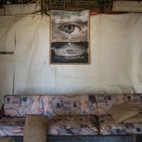 Giulio Rimondi « Intérieurs provisoires », réfugiés syriens au Liban, 2013 Courtesy Giulio Rimondi
